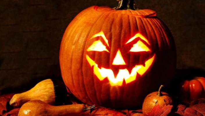 Image for article: Get Ready for Halloween: Save on Candy, Costumes & Fun!